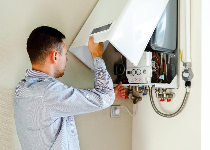 e47dff4e-a970-4e06-9a96-cd102c037487-boiler-installation